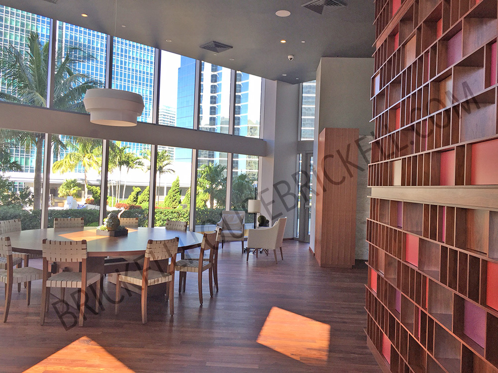 Amenities brickell house for Brickell house